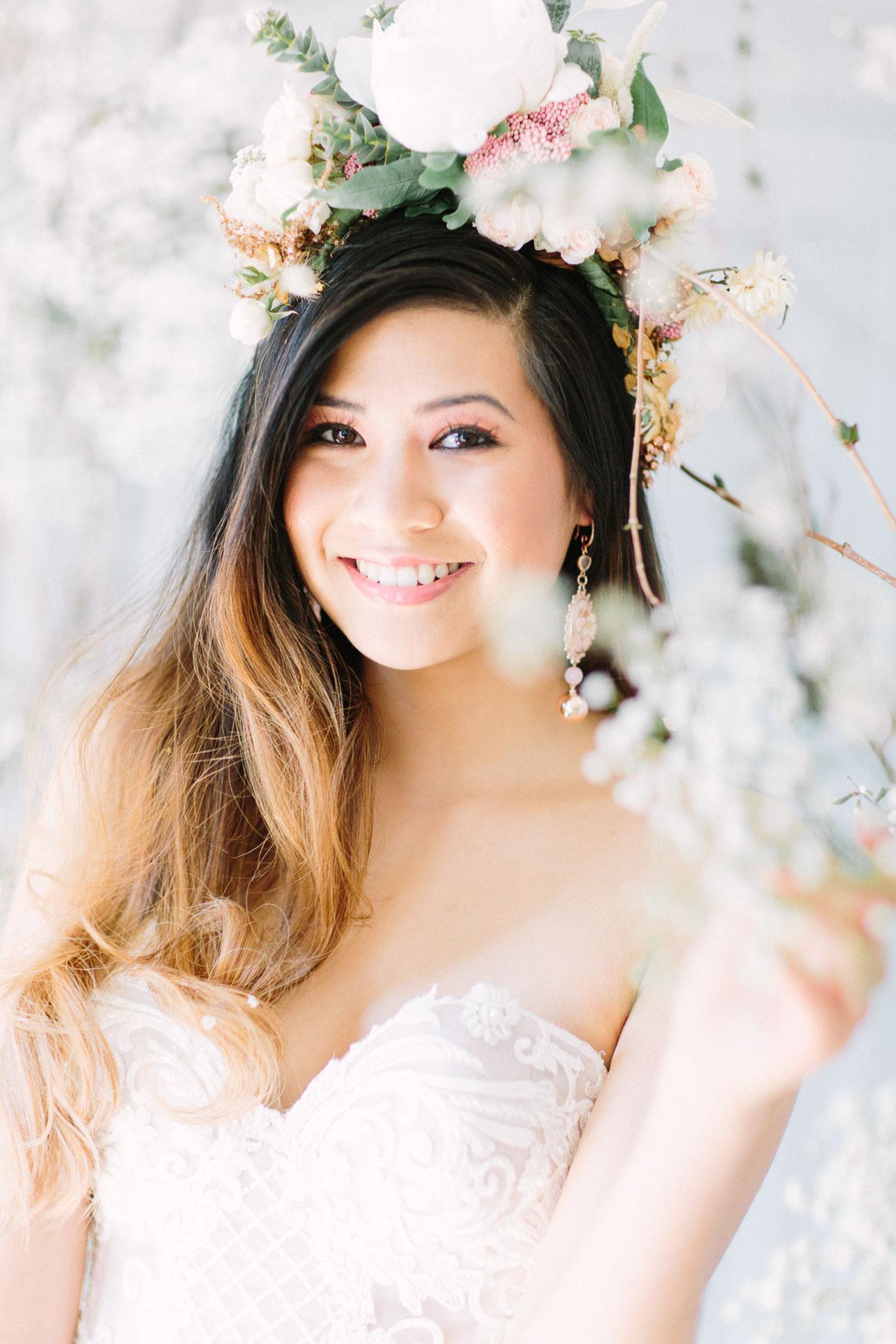 H&M: Janine Stelling Brautstyling | Foto: ZoKa-Fotografen | Planung: marrylight Hochzeitsplanung