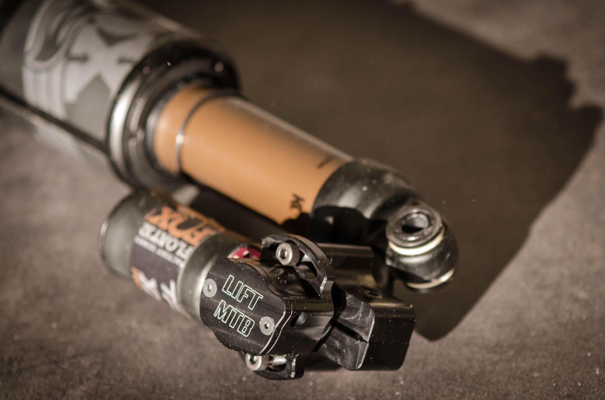 Amortiguador Fox x2 con sistema remoto LIFT-MTB