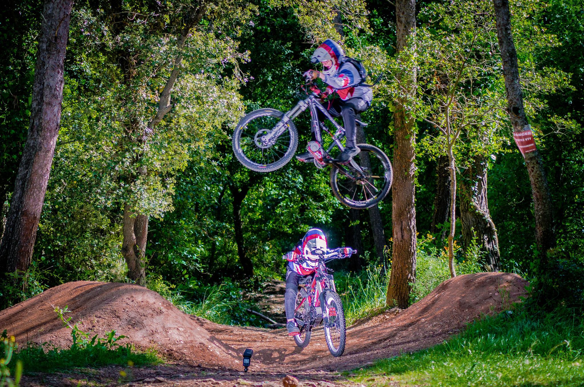dh down hill bike kid