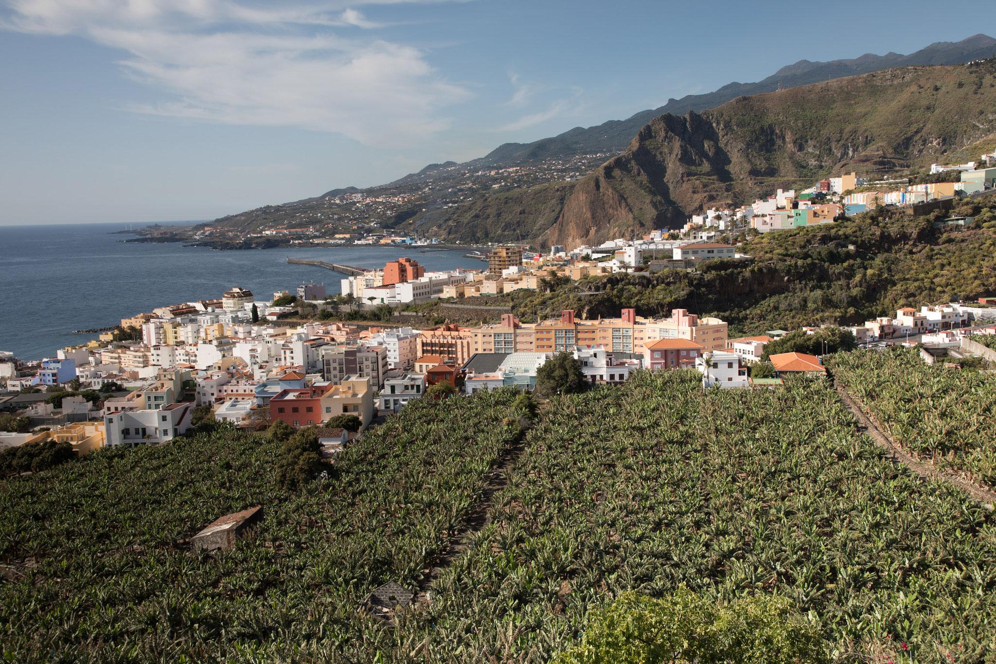 Blick auf die Hauptstadt Santa Cruz de la Palma