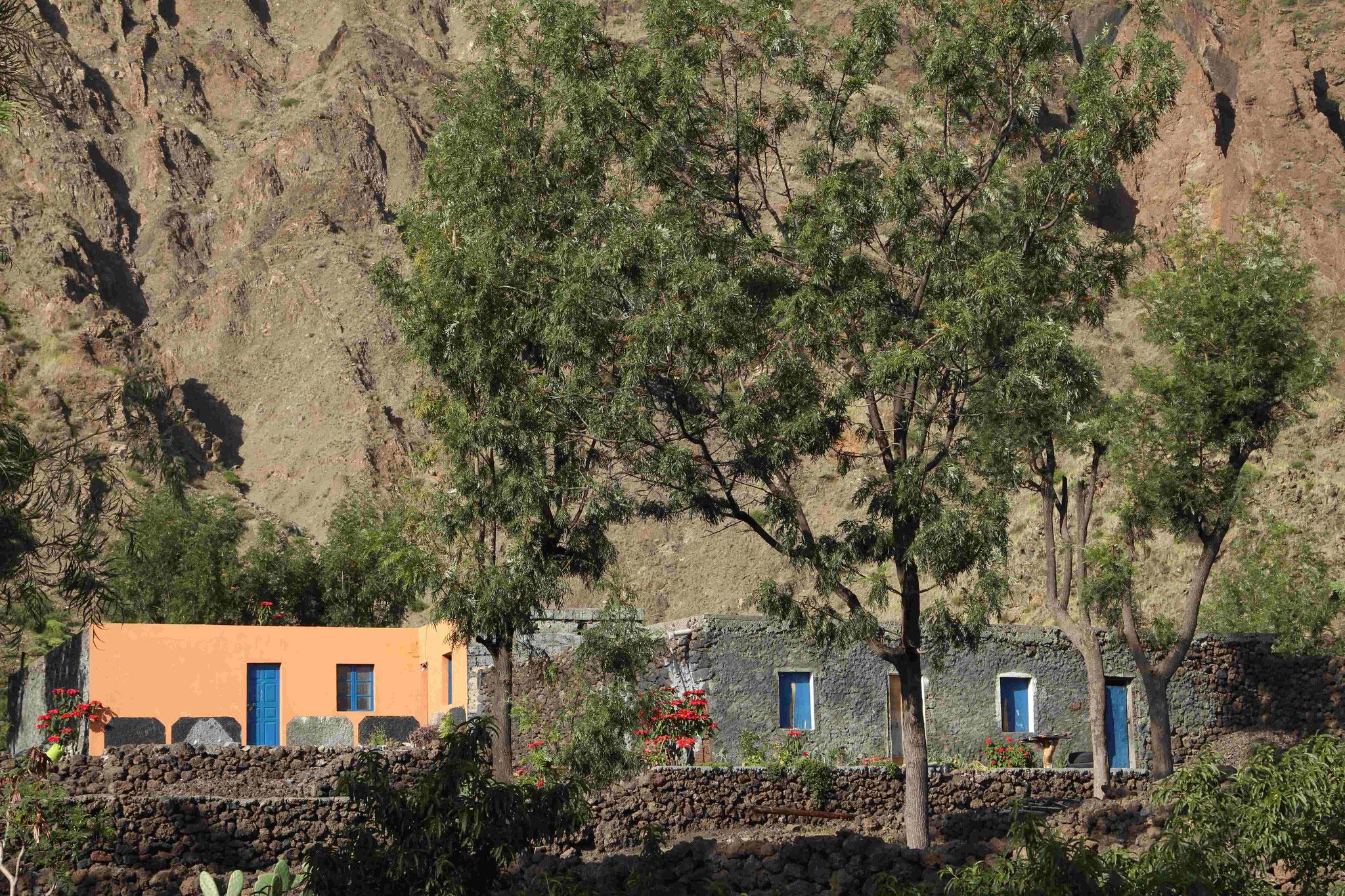 Fogo - in der ehemaligen Ortschaft Bangaeira