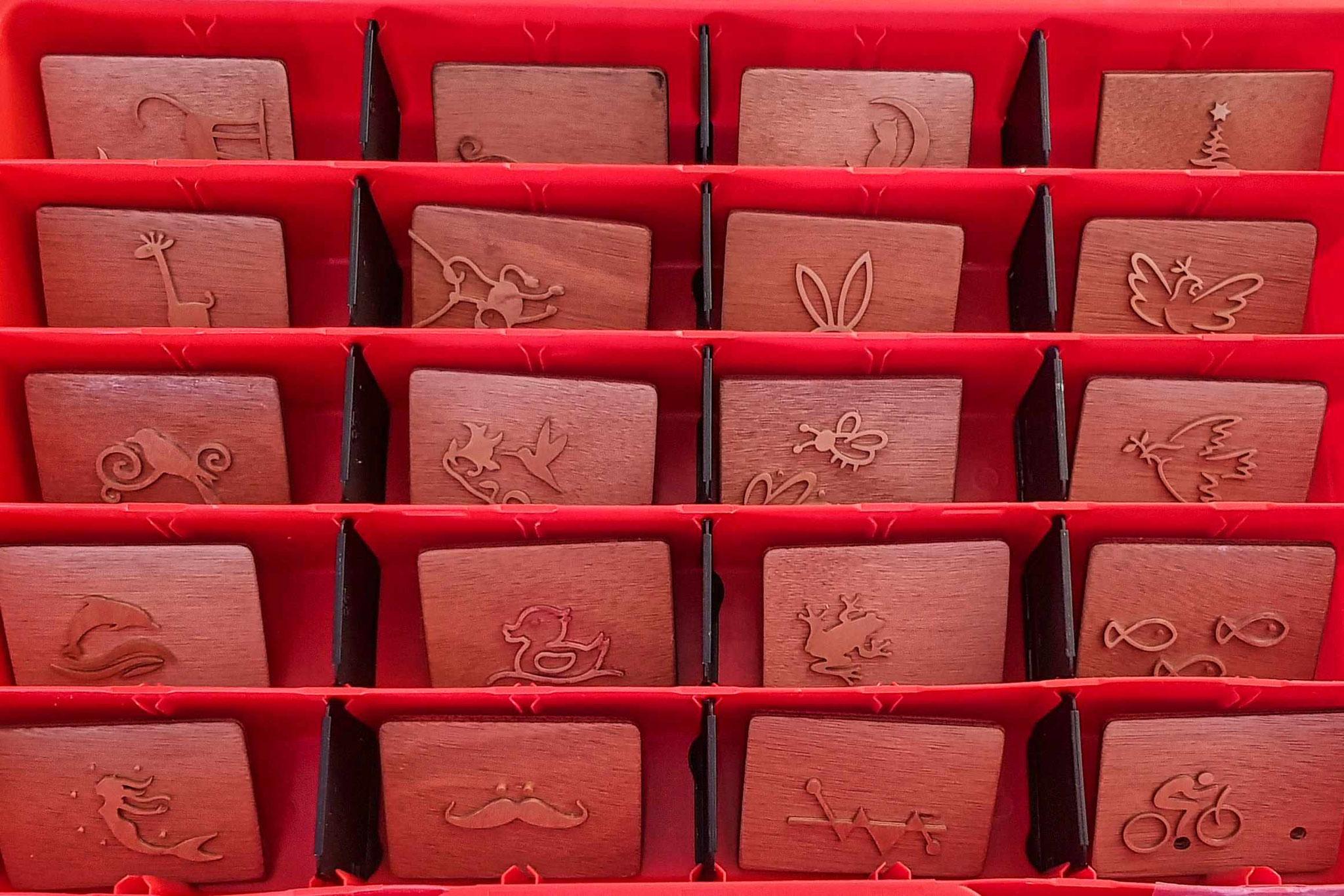 Bei einer großen Auswahl an Stempeln findet sich für jede Seife der passende.