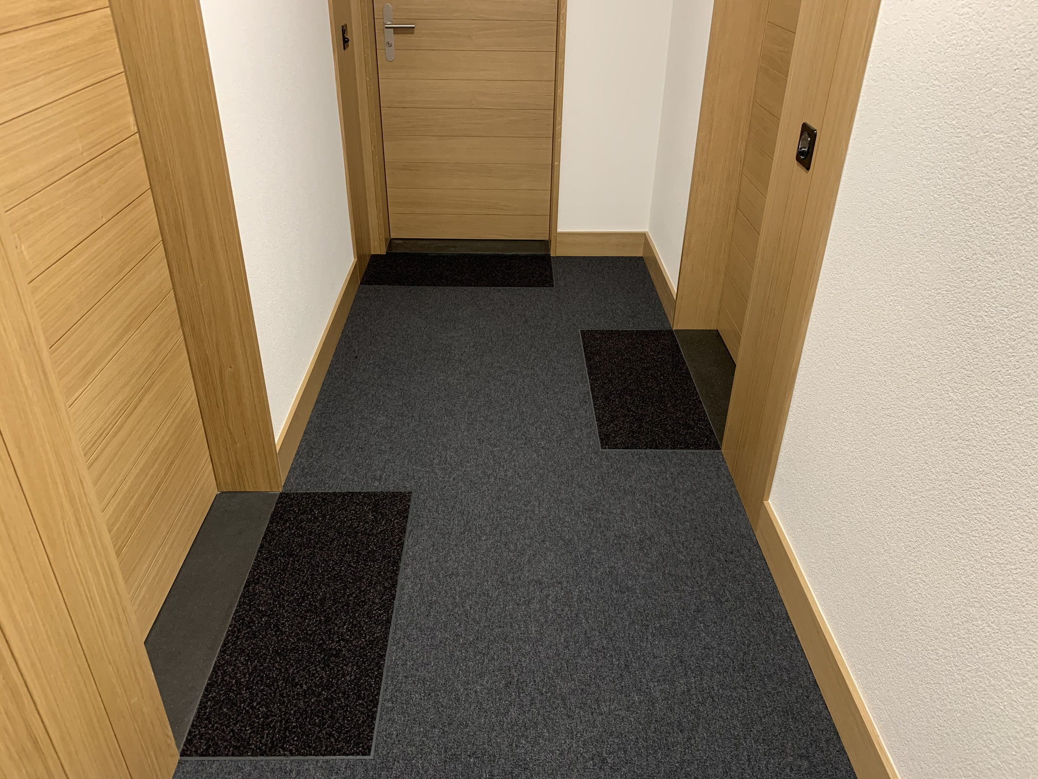 Teppichboden mit Schmutzschleuse