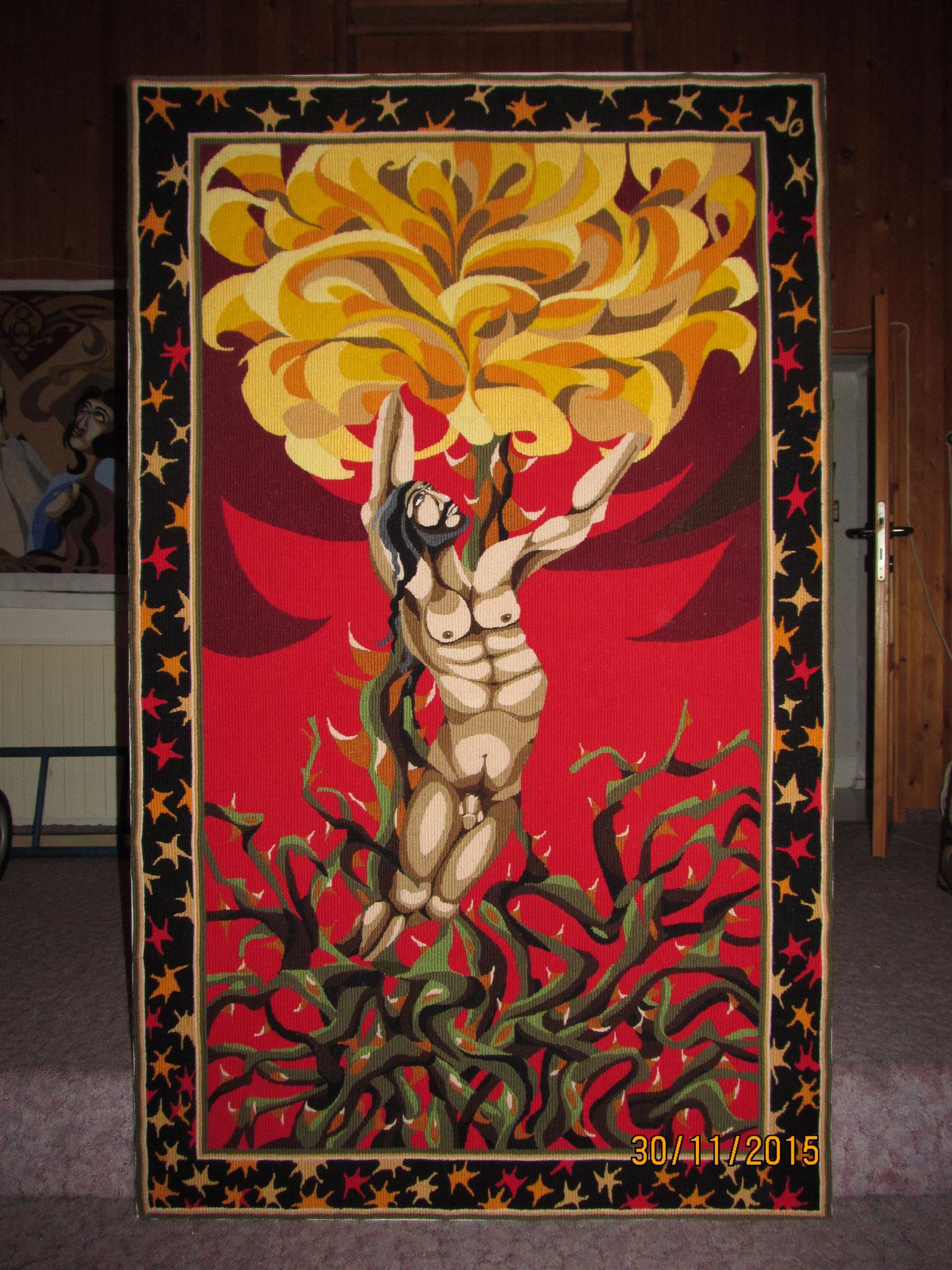 Ukřižování Ježíše Krista na růži
