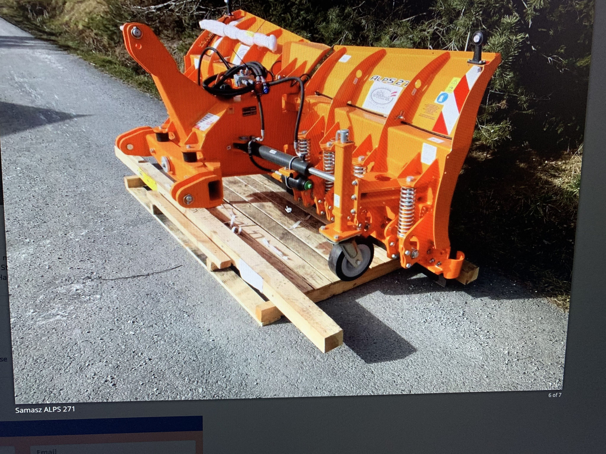 Variopflug für Radlader / 90ps Traktor