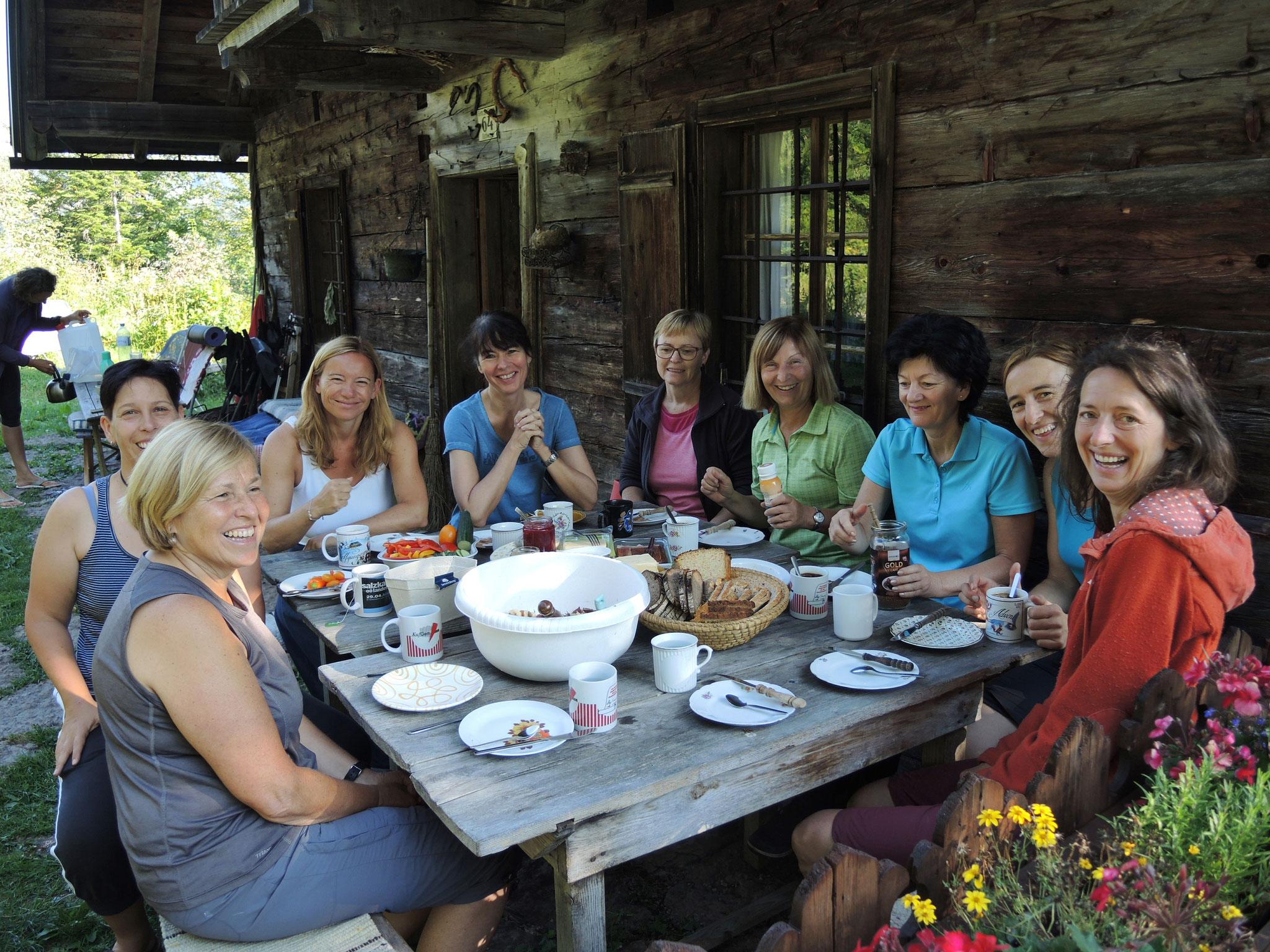 Wilde Weiber - Wilde Küche Frauencamp auf der Alm