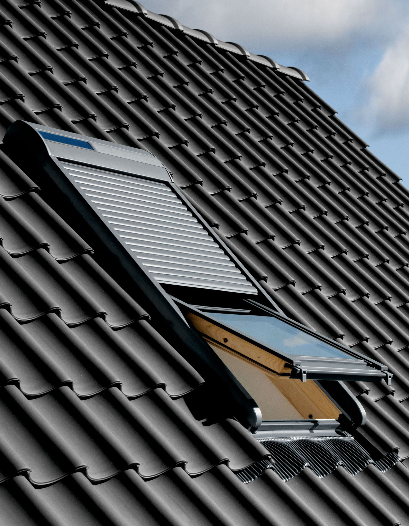 Dachfenster Solarrolladen