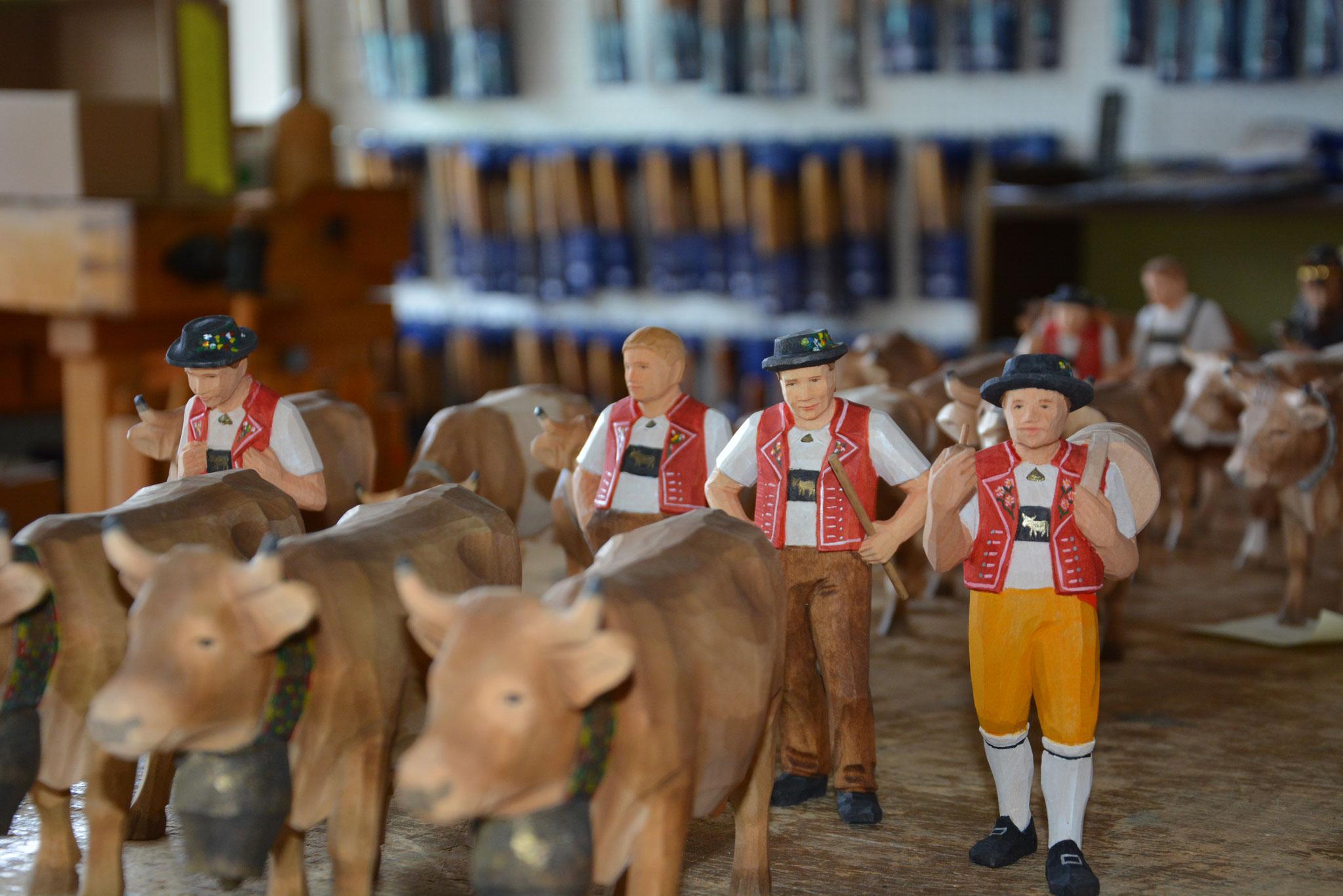 Appenzeller Alpaufzug, Sommerfiguren