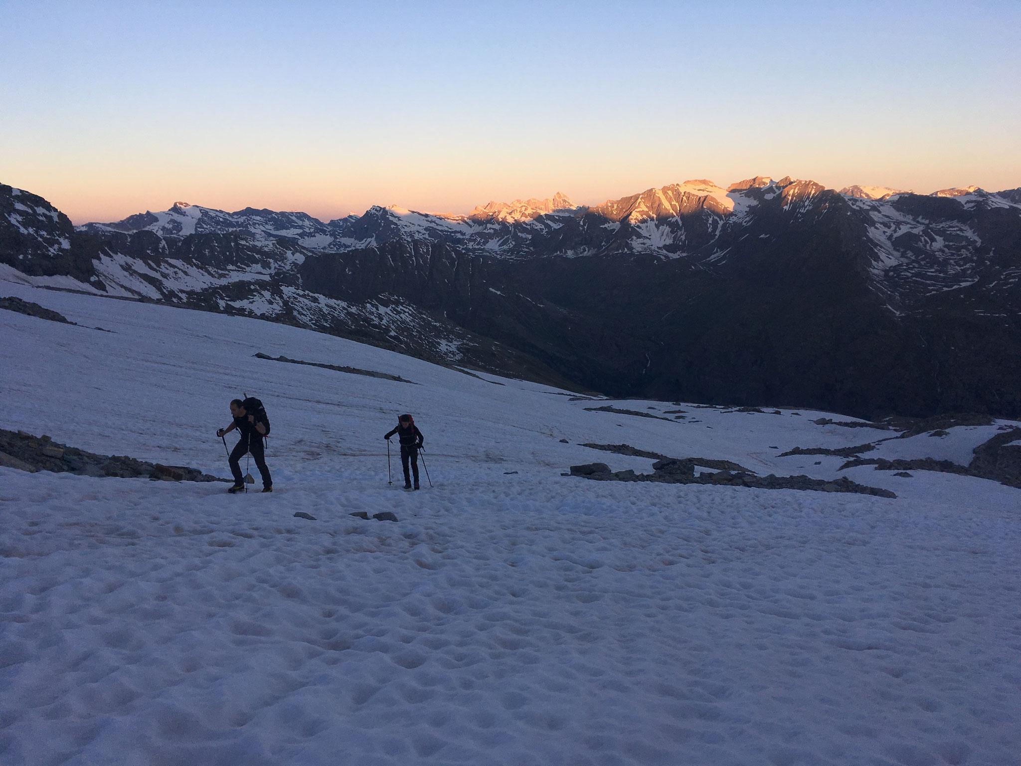 Au petit jour sur le Glacier de Montandayne