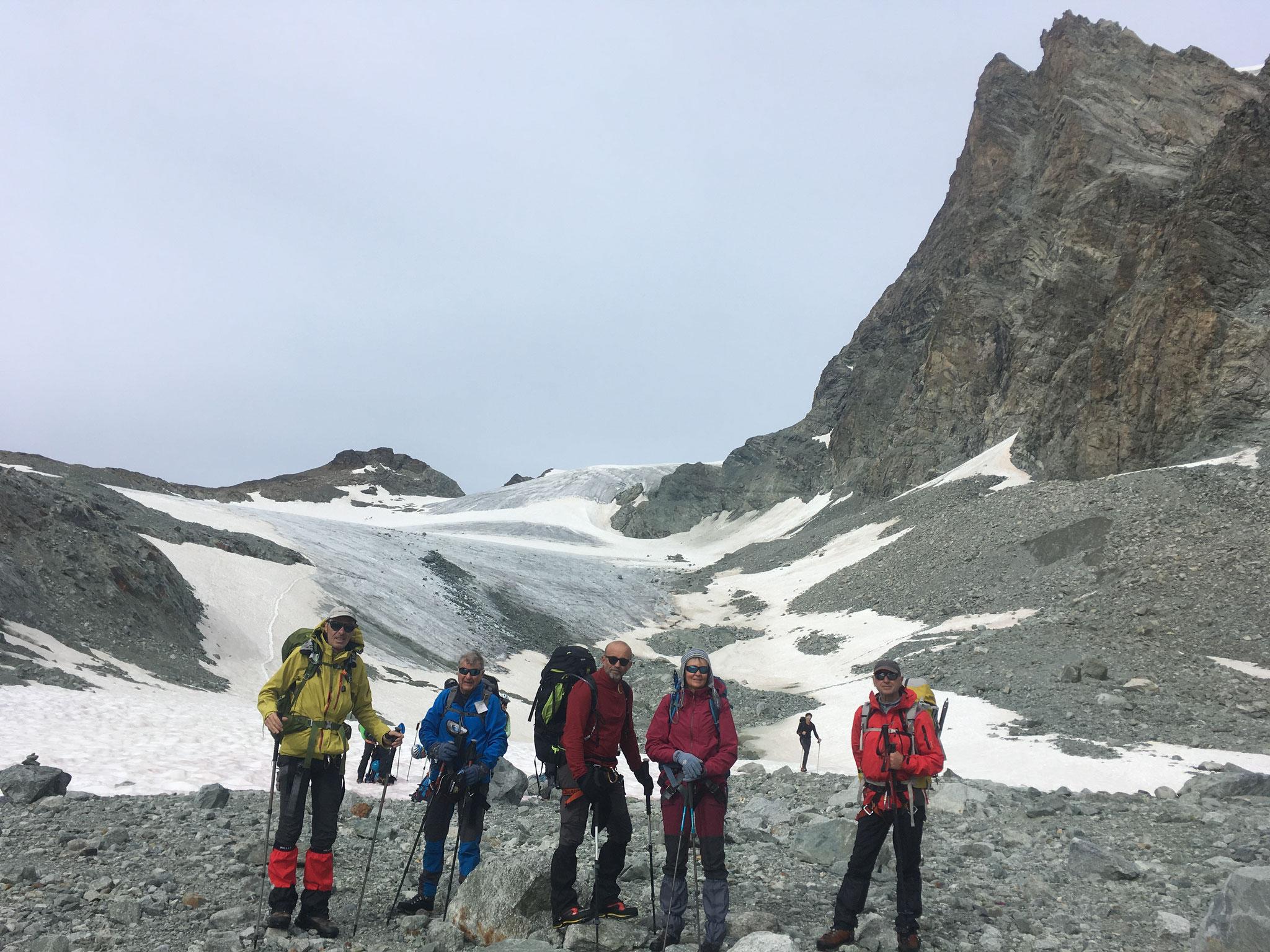 En descendant sur le Glacier d'Arolla