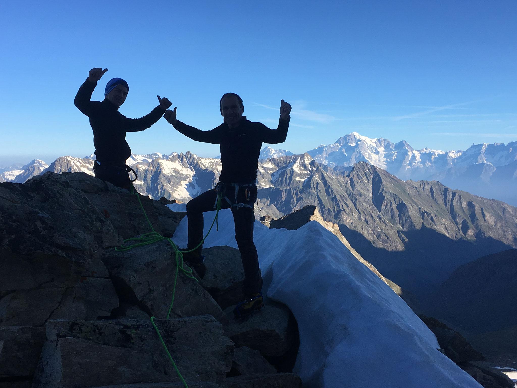 A quelques mètres du bivouac, vue coté Mont-Blanc
