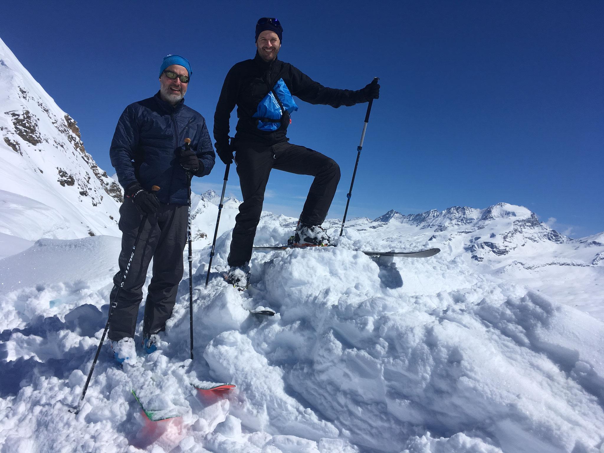 Guillaume et Blaise au Col Nivoletta. Bravo !