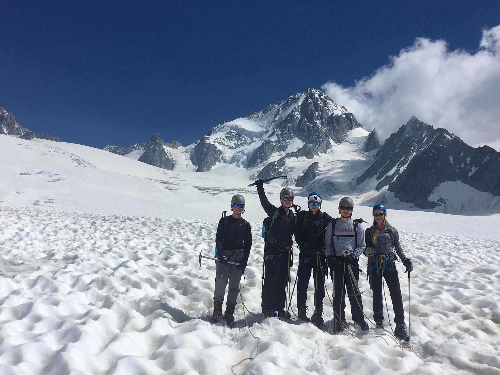 La cordée sur le Glacier du Tour