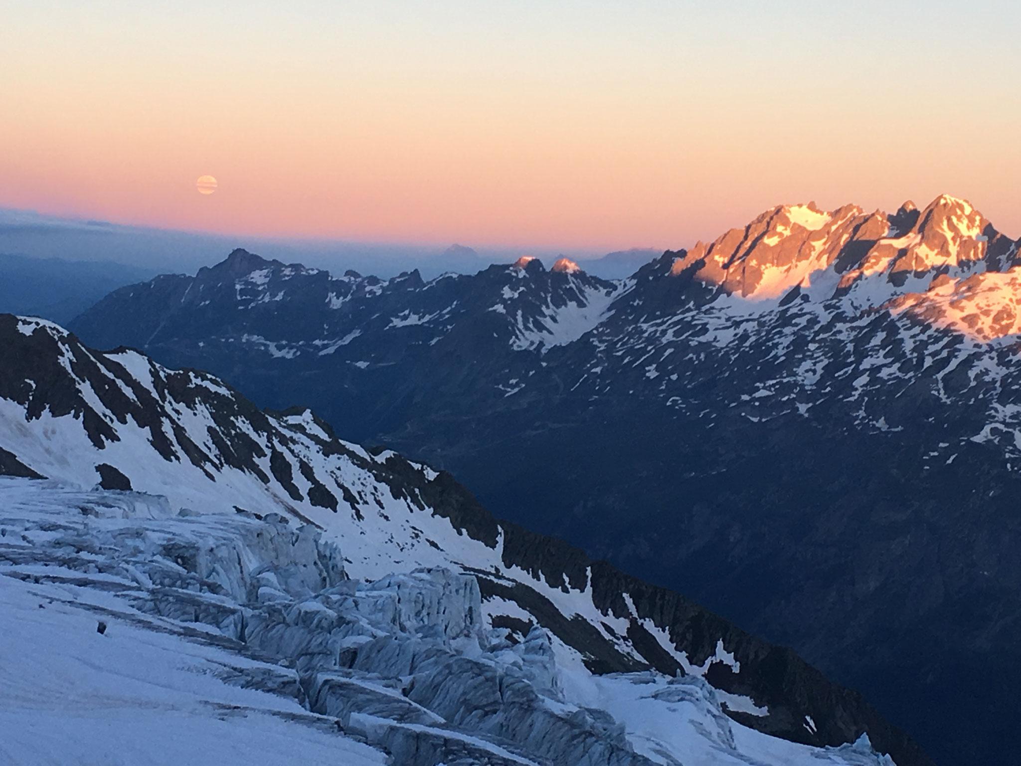 Contraste entre altitude et Vallée de l'Arve