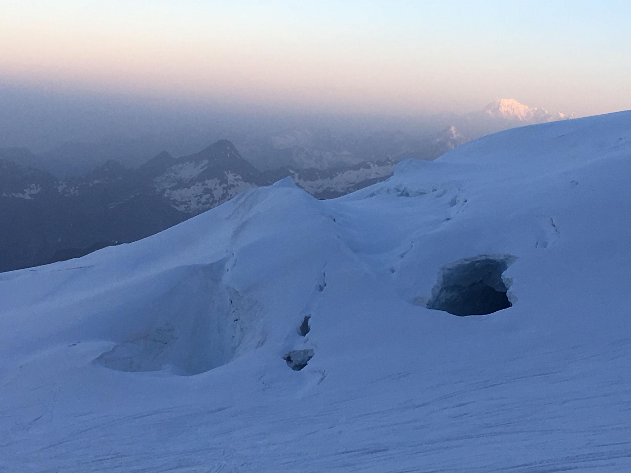 Au lendemain, lever de soleil sur Mt-Blanc