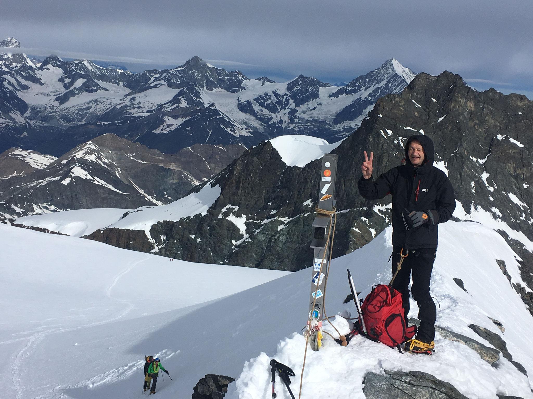Gérard au sommet. Un 4000 m de + §