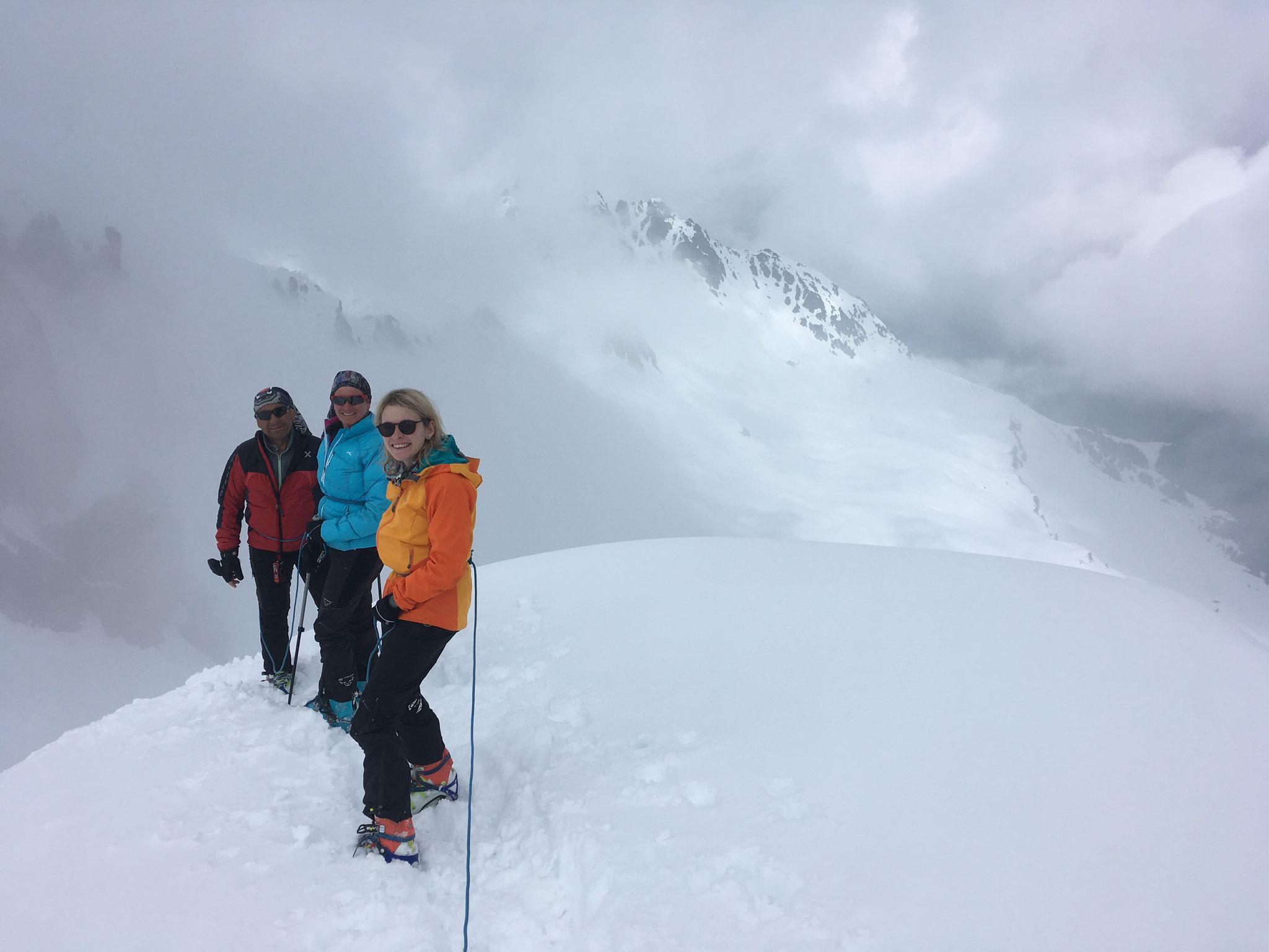 Sur la crête avant de redescendre au Col de La Cicle