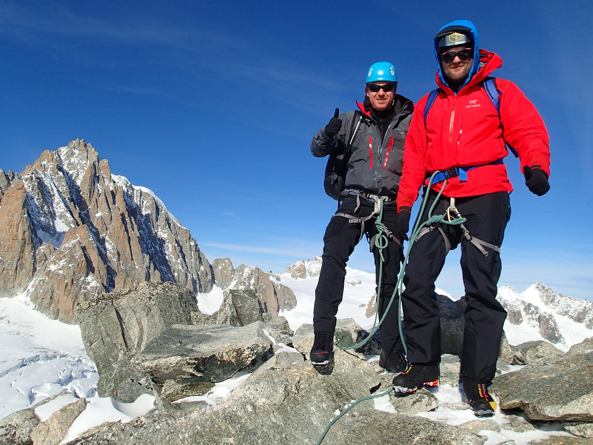 Kevin et Dave au sommet de l'Aiguille de Toule