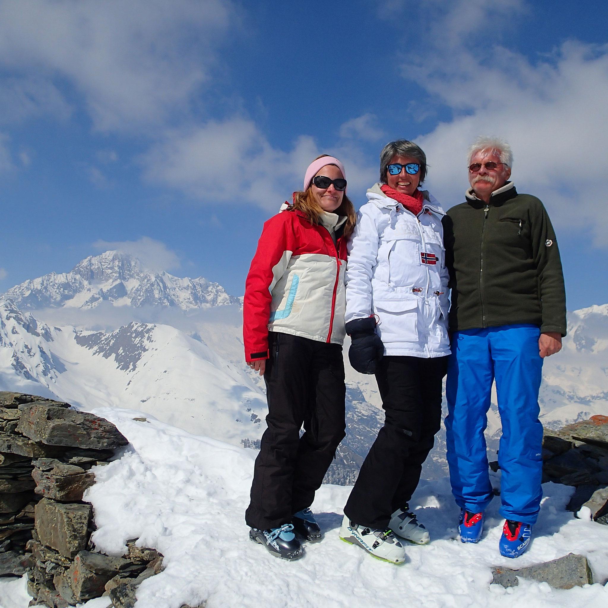 Sommet avec vue Mt-Blanc ! Bravo !