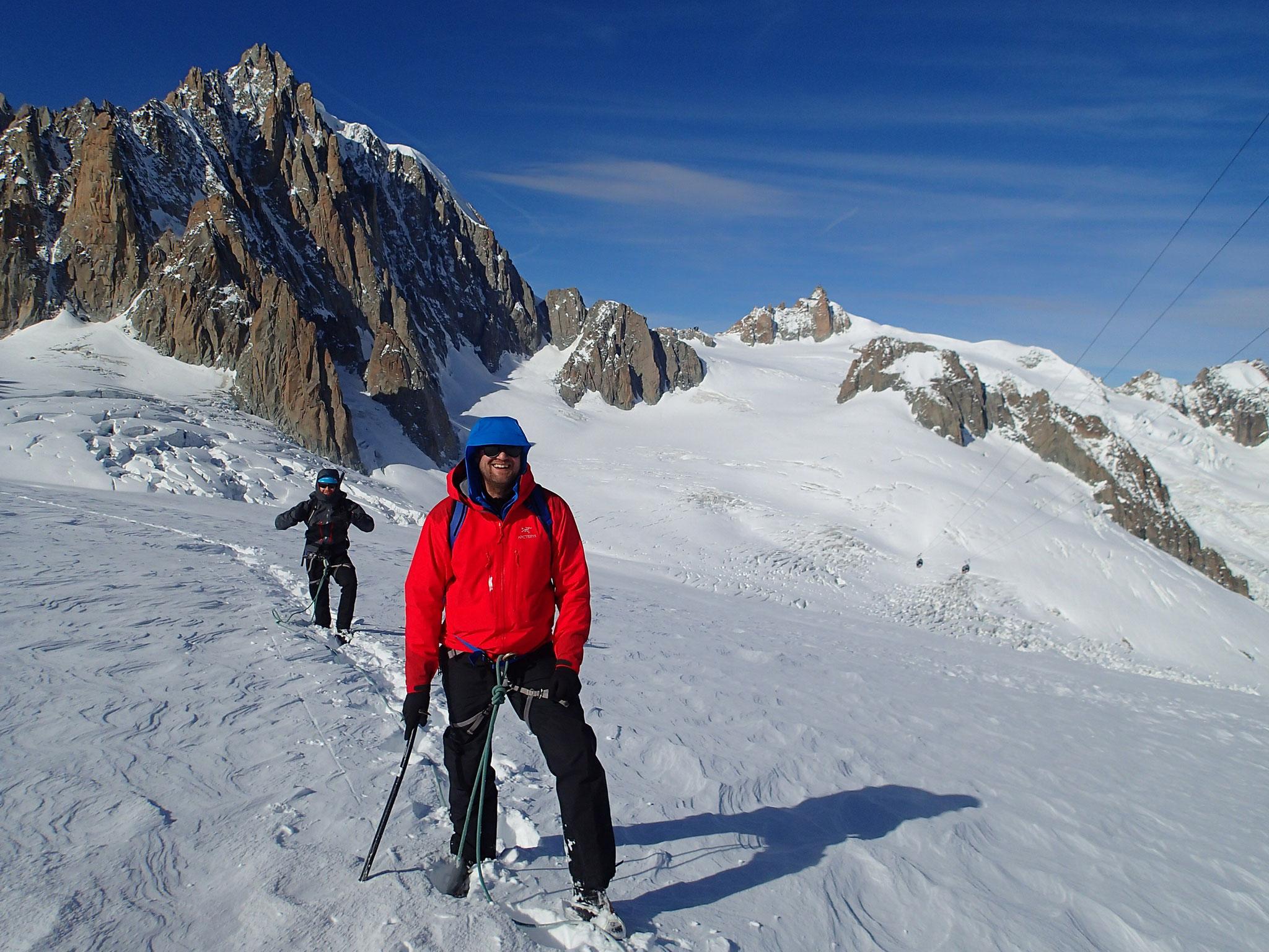 Près du Col des Flambeaux, regard sur la Vallée Blanche
