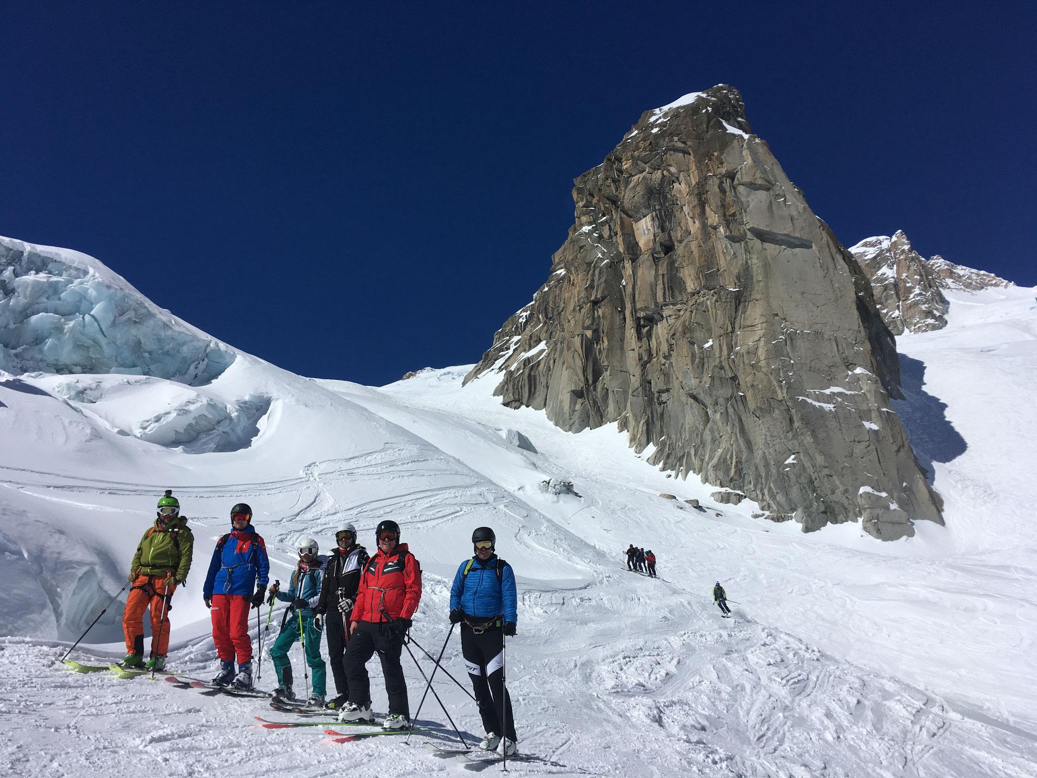 Le team République Tchèque, avant la pause champagne sur le glacier !