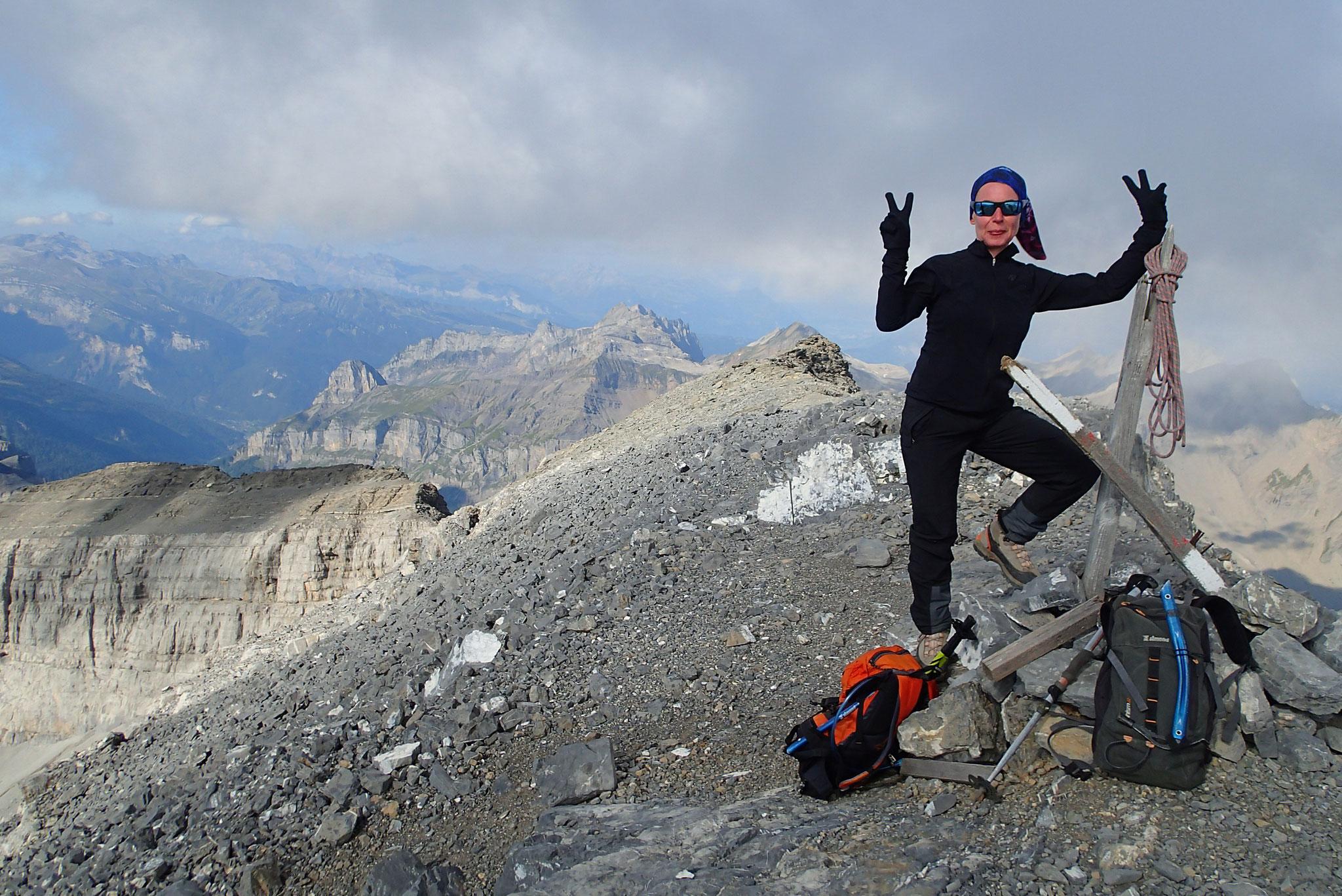 Alice au sommet du Grand Mont Ruan. Bravo !