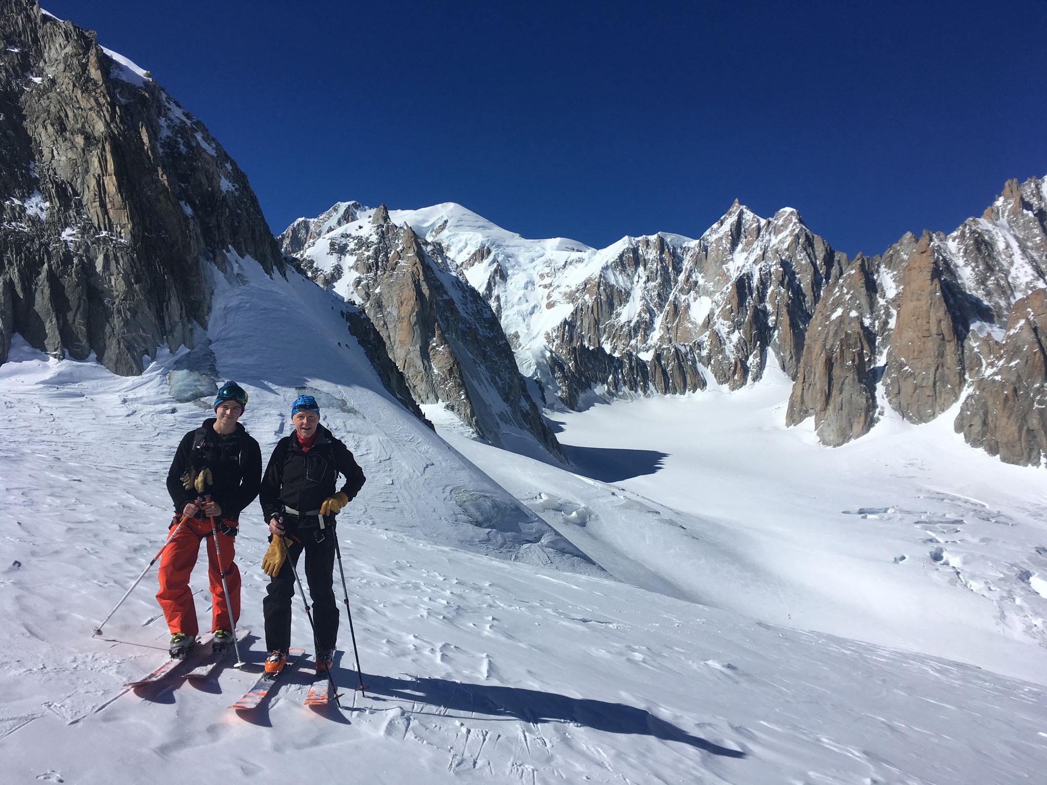 Chris et Peter avant la descente au pied de l'Aiguille de Toule