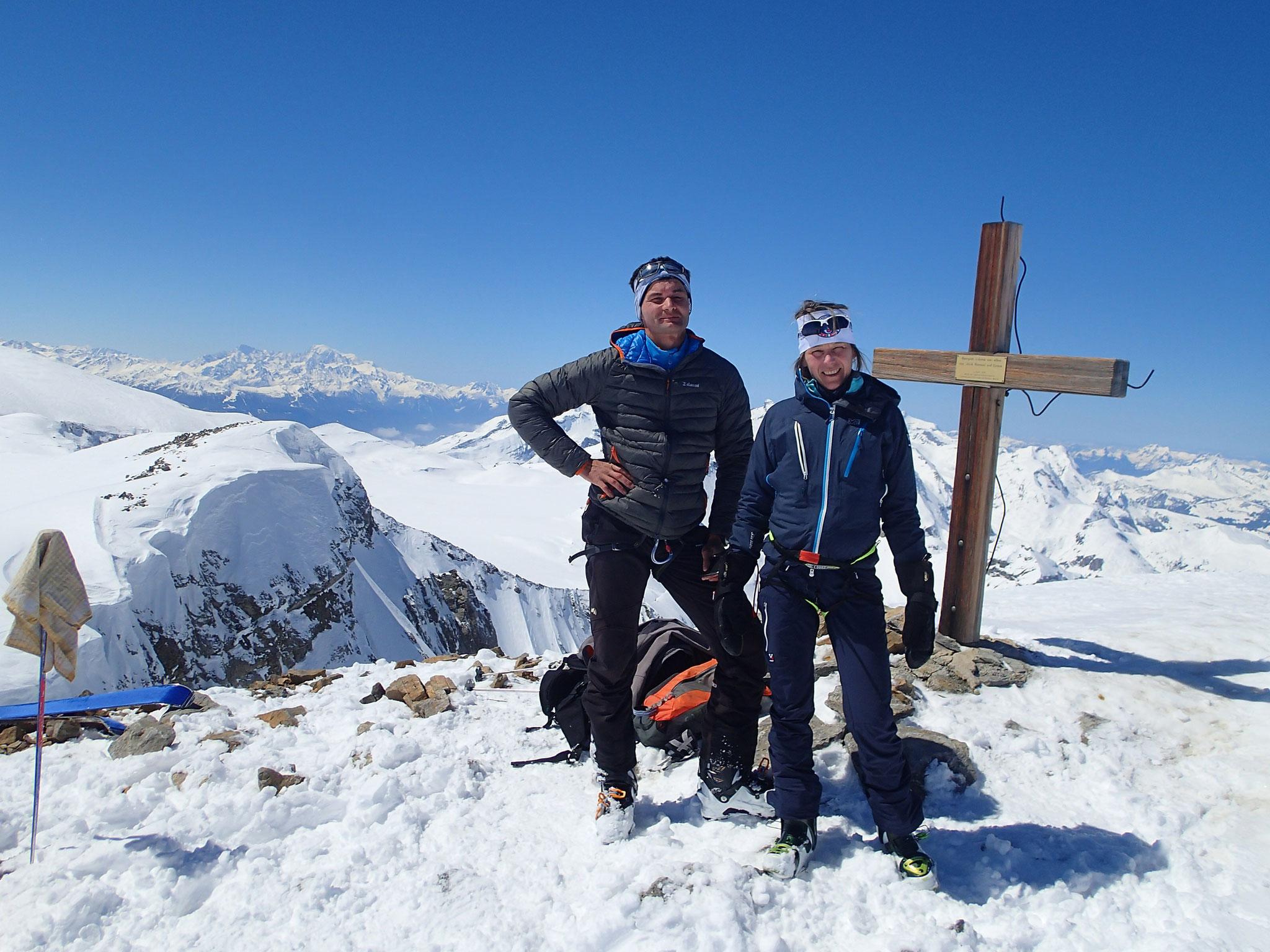 Sophie et Benoit au sommet du Mittelgipfel