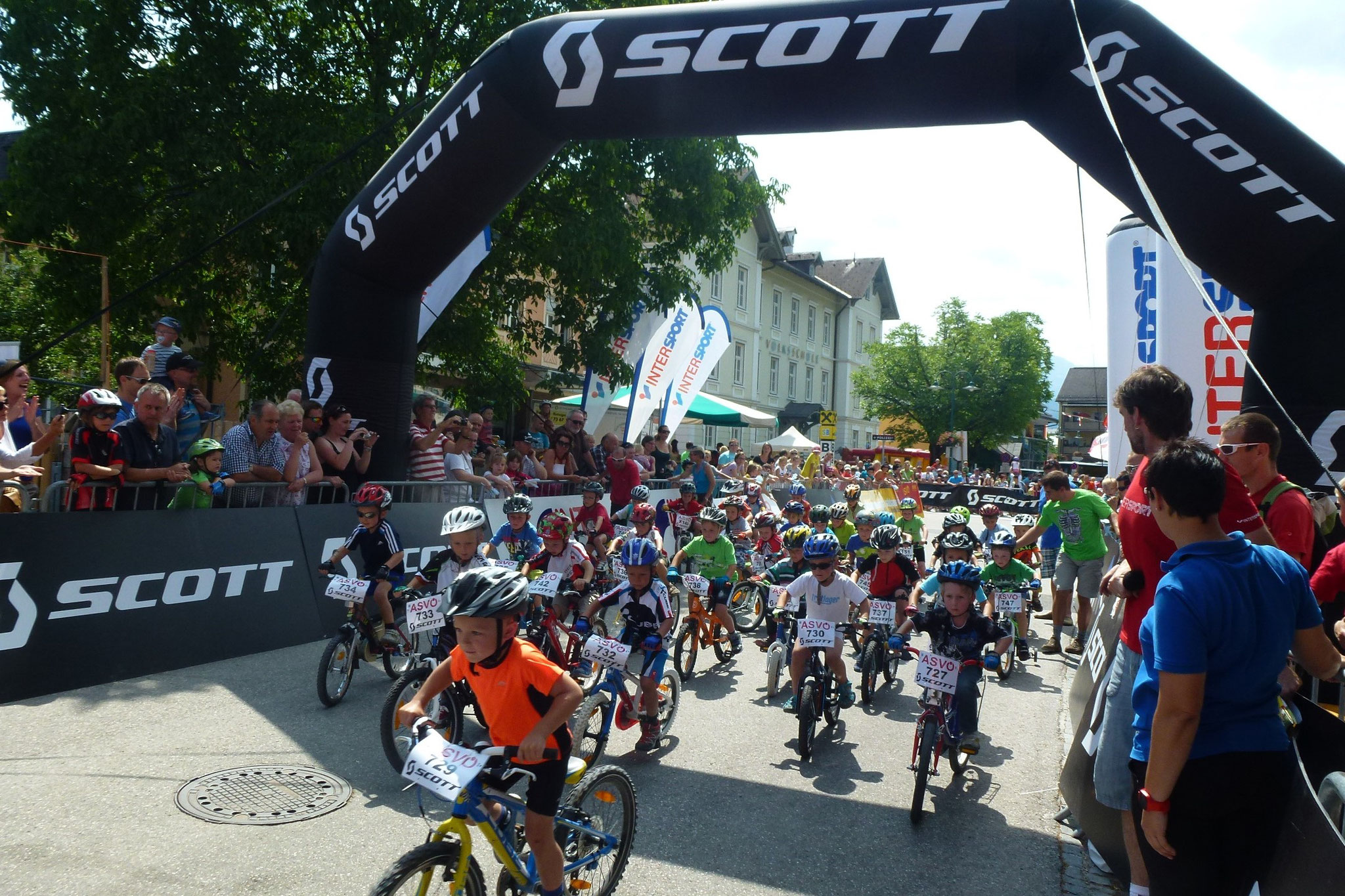 Foto www.trophy.at: Start zur SCOTT Junior Trophy am 14. Juli im Rahmen der Salzkammergut-Trophy
