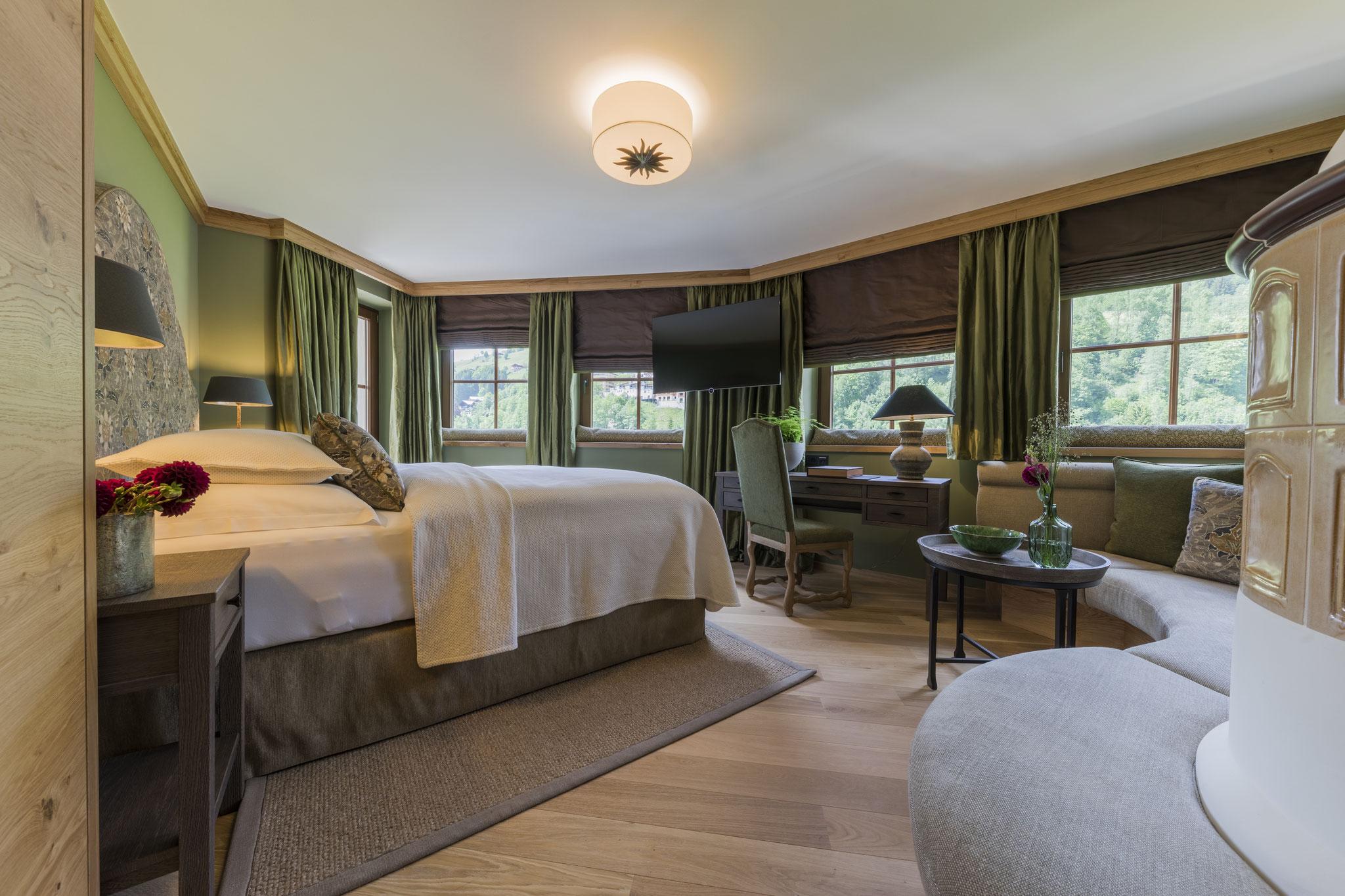 Der Unterschwarzachhof, das familienfreundliche Hotel in Saalbach Hinterglemm ist der ideale Ausgangspunkt für viele Wanderungen, Reitausflüge und Mountainbike-Touren ©www.unterschwarzach.at