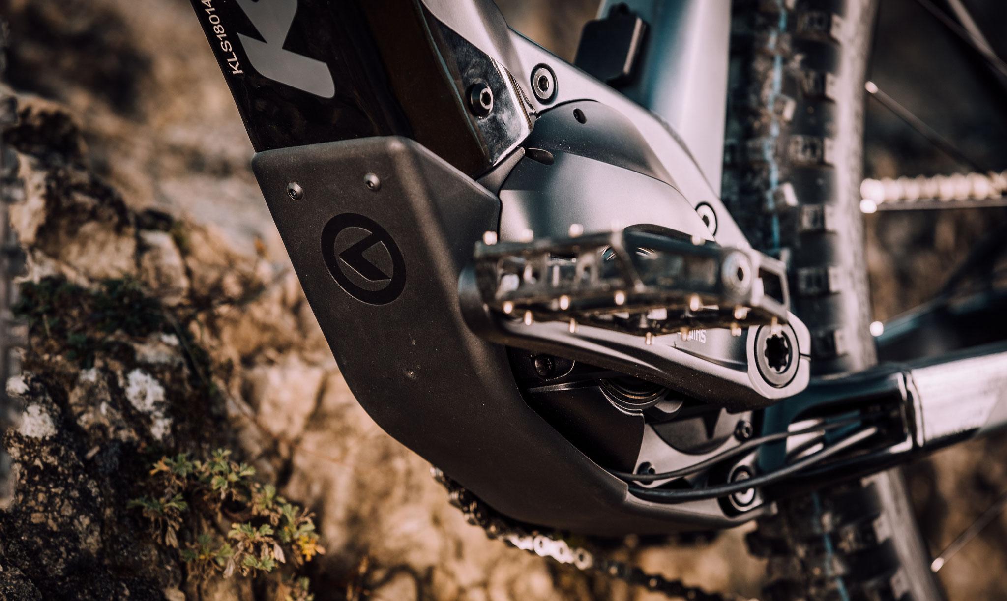 Die antriebsstarken STEPS E-8000 und E-7000 Motoren passen dabei hervorragend ins dynamische Grundkonzept der Modellserie.