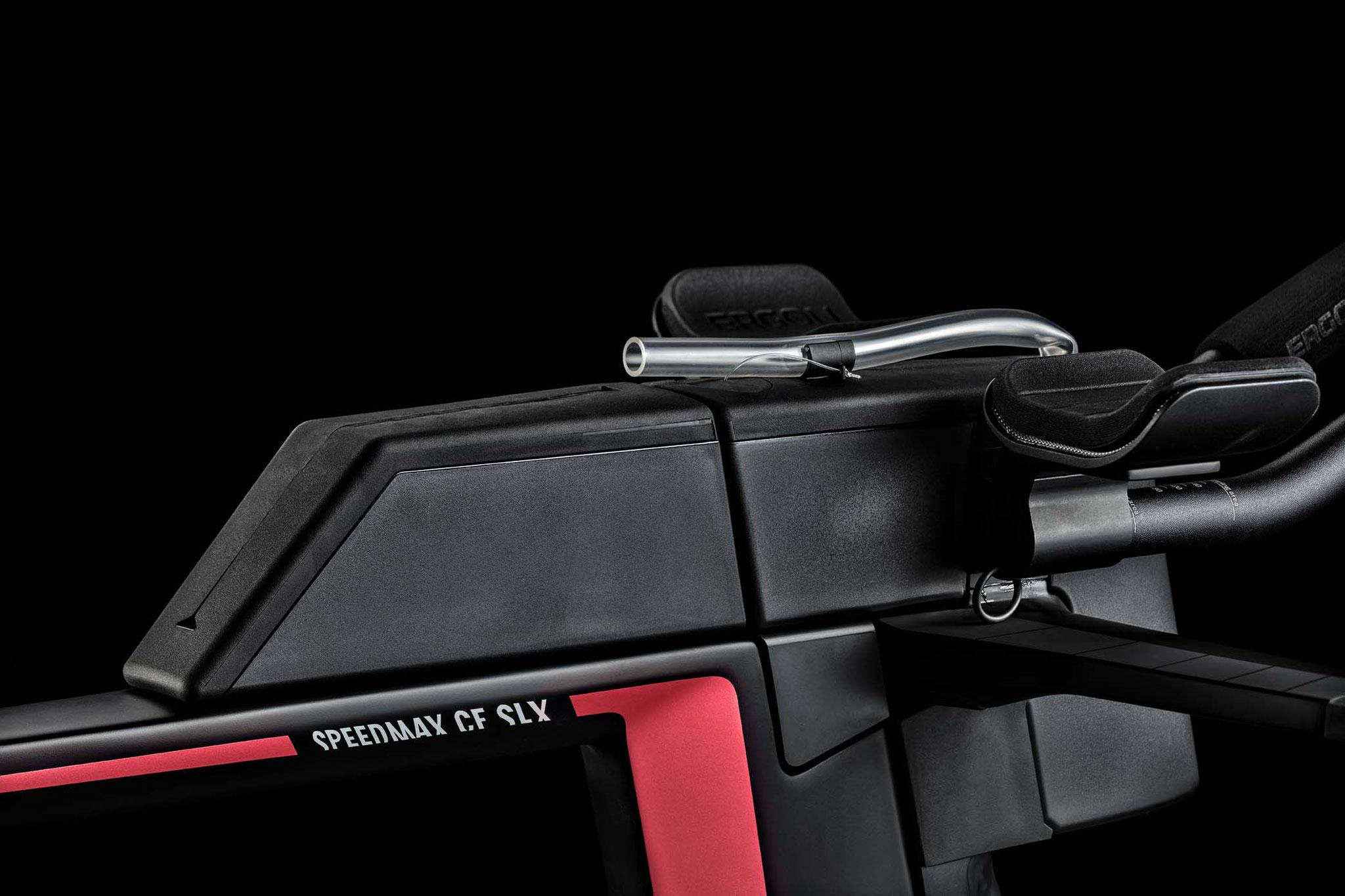 Perfekt aufgeräumt, alles an Bord: Das Nutrition und Storage System des Speedmax CF SLX / Foto: Canyon Bicycles