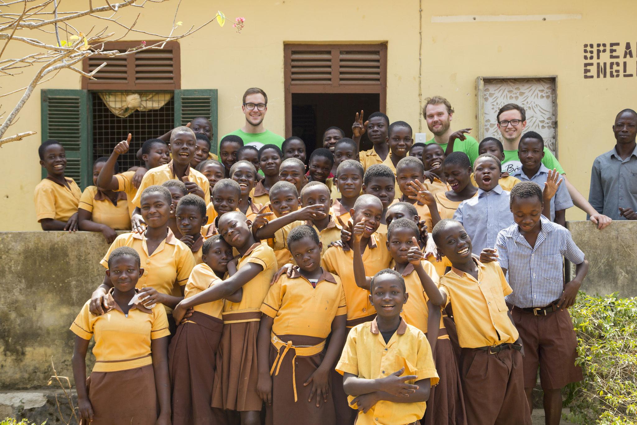 Der schon begonnene Bau einer eigenen Schule in der Ashanti Region für bis zu 1000 Schülerinnen und Schüler