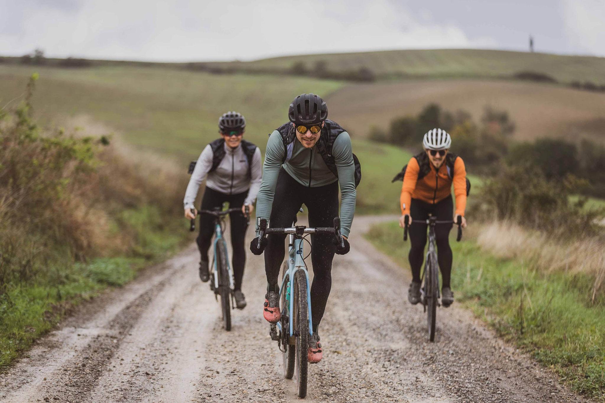 Santini Cycling Wear: Die neue Winterkollektion von Santini für die Jagd nach den besten Schotterwegen im Sattel des Gravelbikes