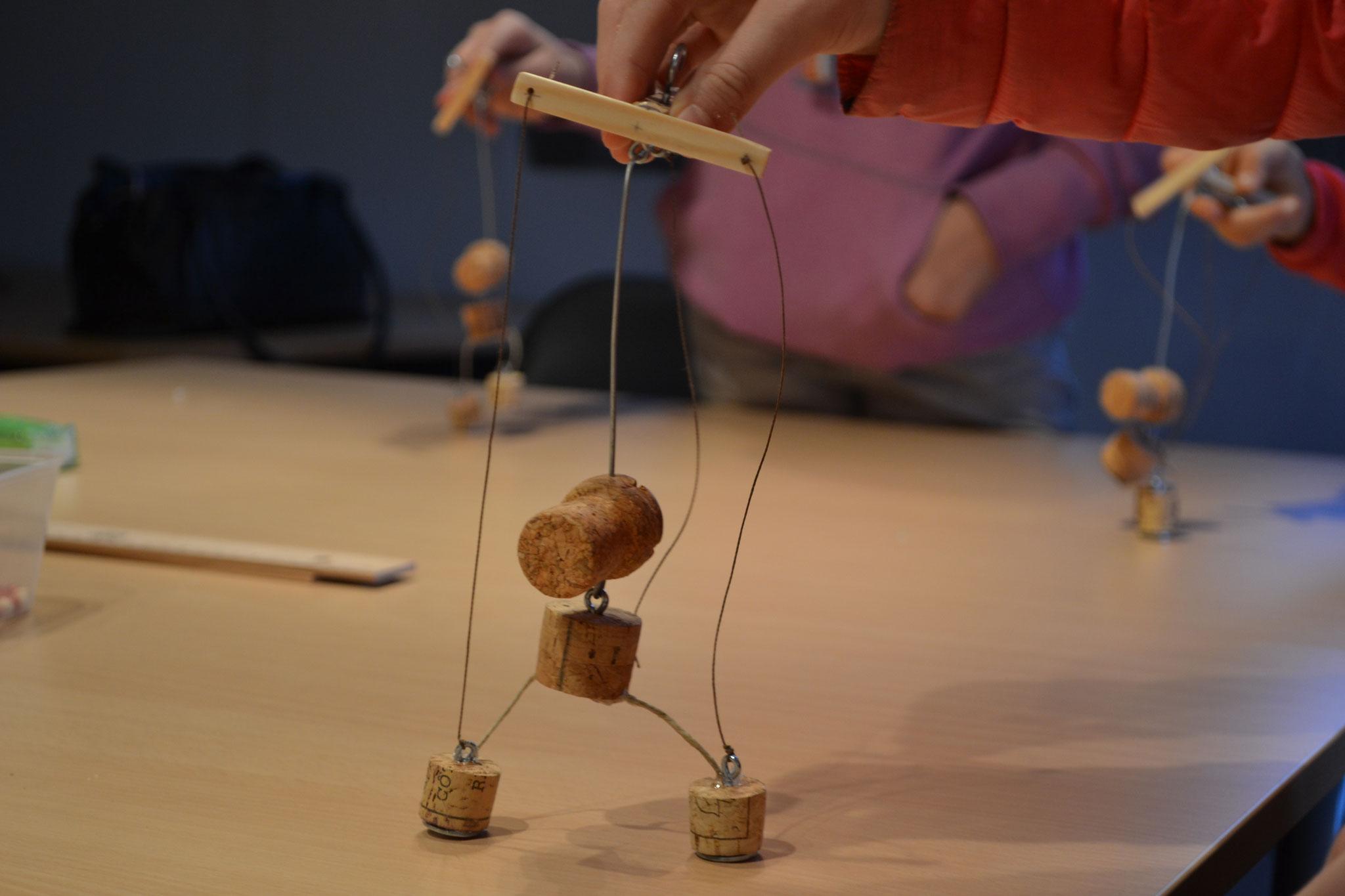 Atelier pour adultes '' Fabriquer ma marionnette en bouchon''