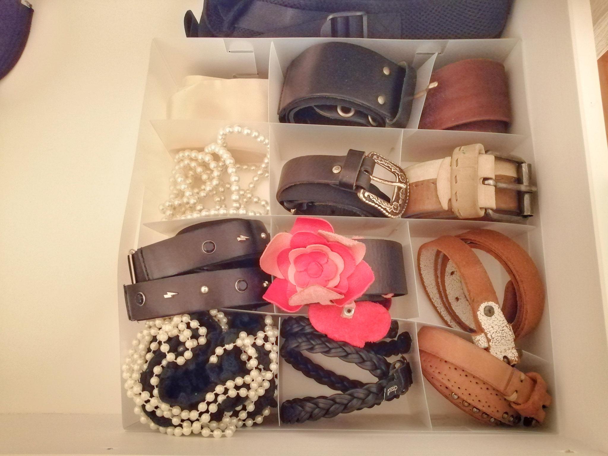 Cassetto accessori - cinture