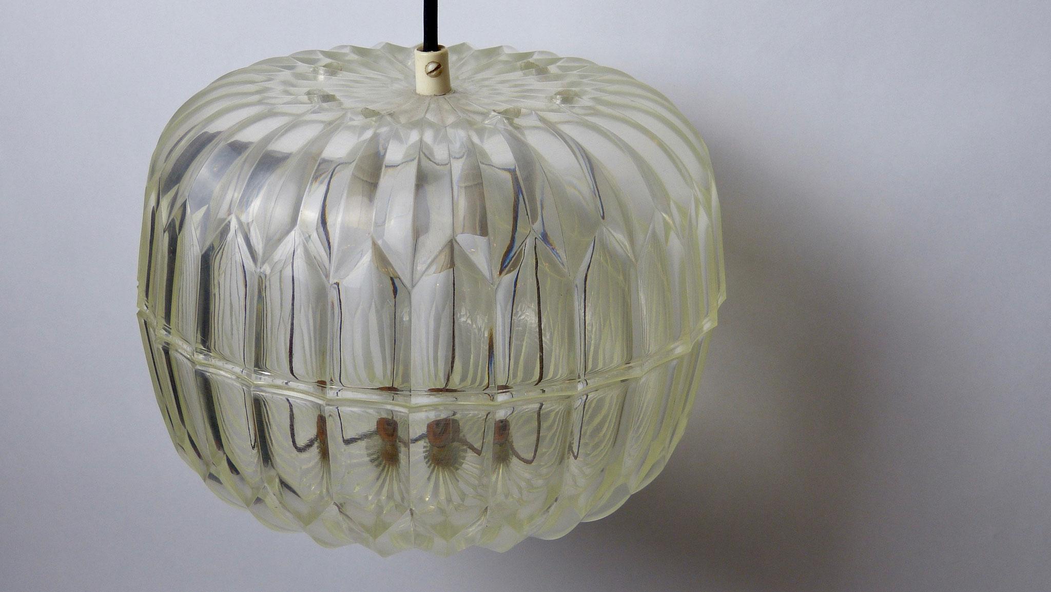 Plafondlamp uit de beginjaren '70.