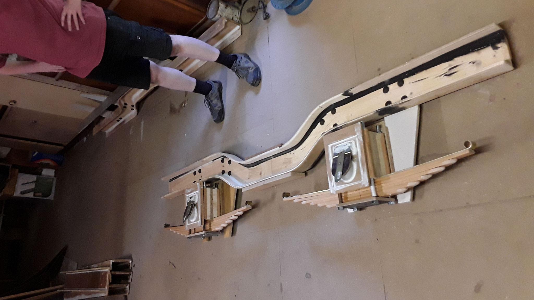 Der Drehgestell Seitenträger mit den Achslagern