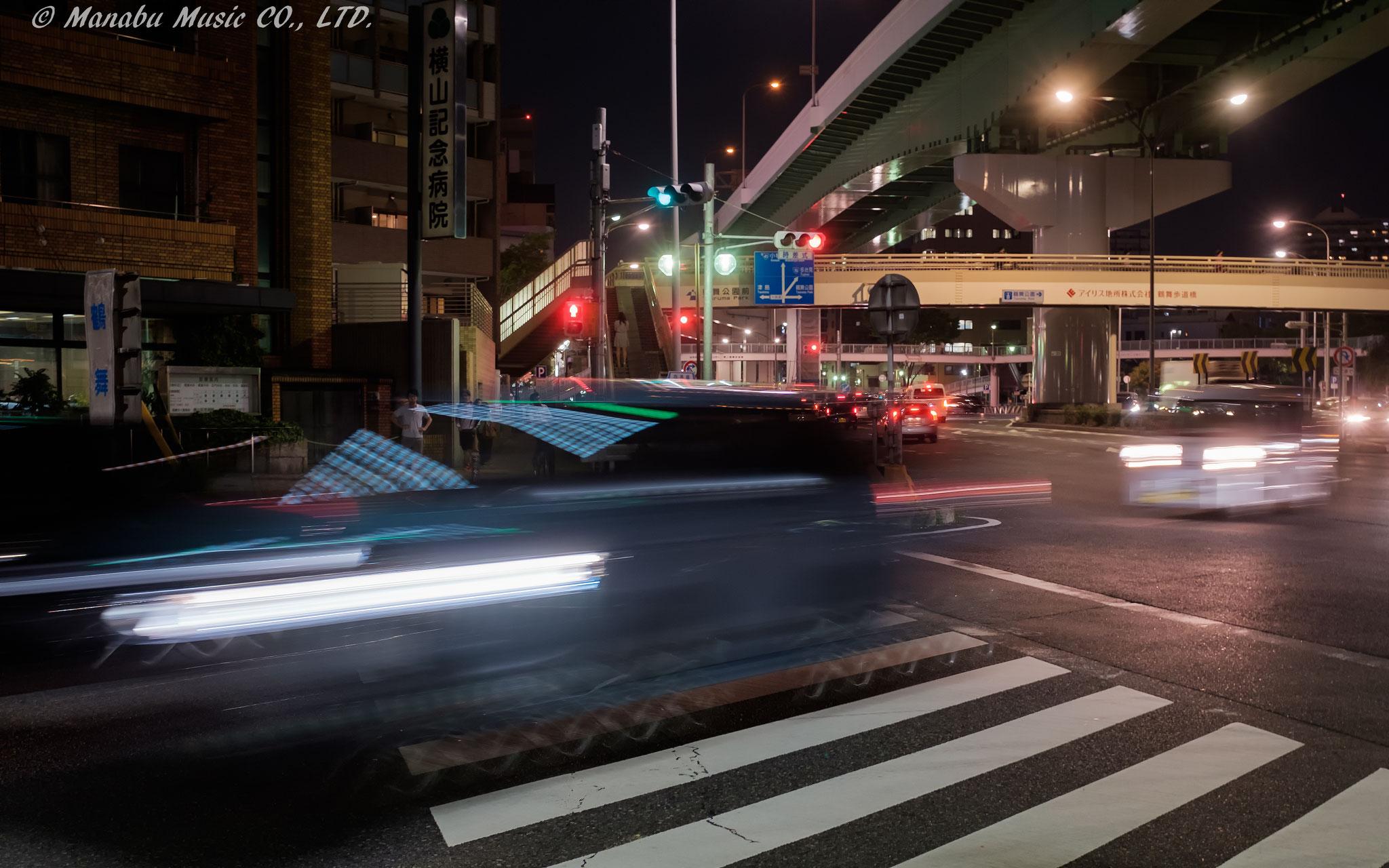 夜の交差点 X100T