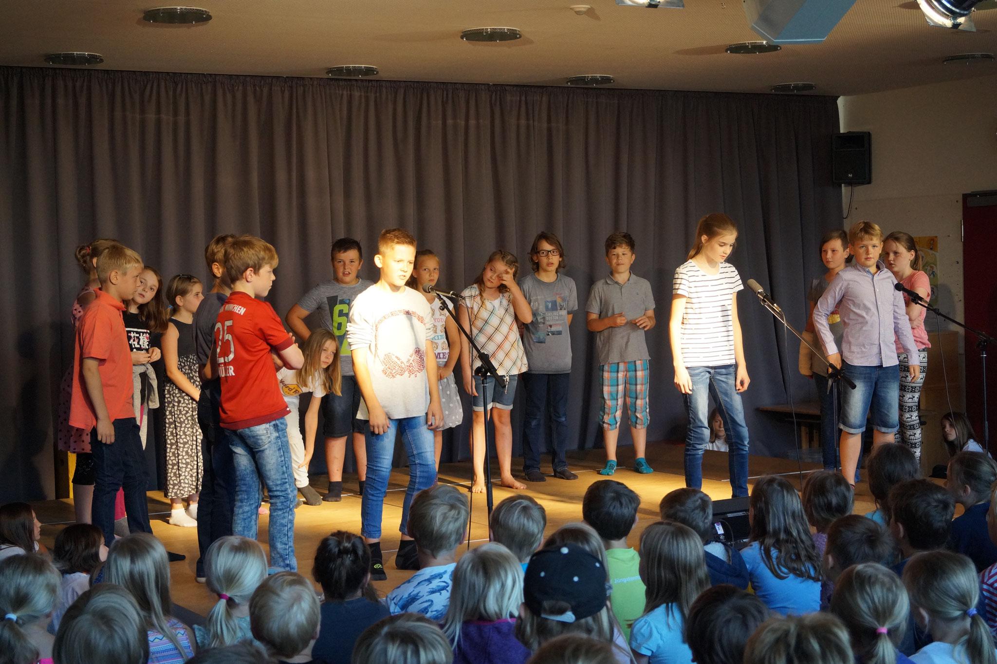 Die 4a mit Goethes Zauberlehrling