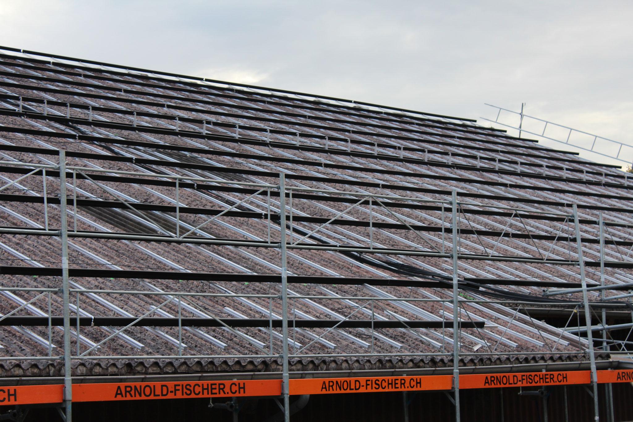 Bau Photovoltaikanlage auf Scheunendach