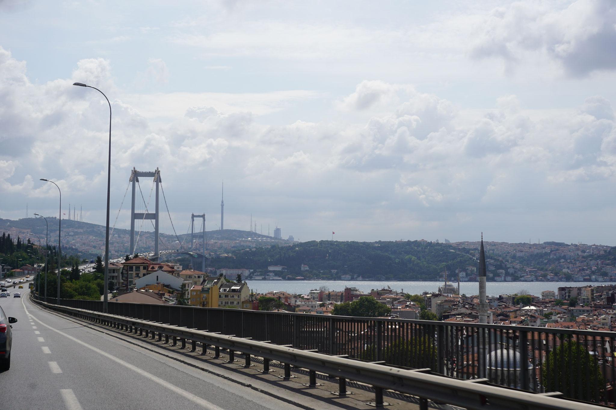 Daar issie dan; de Bosporus!