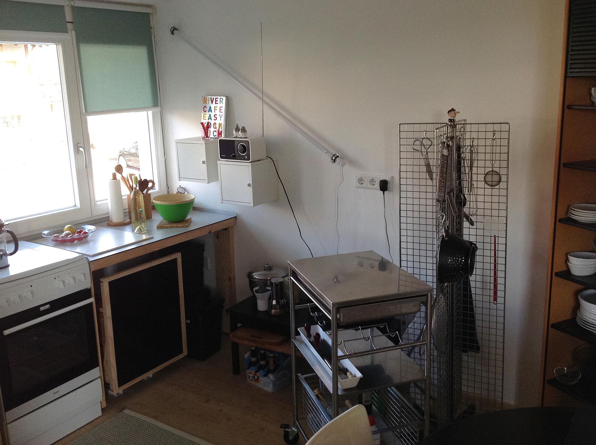Ein Teil der offenen Küche