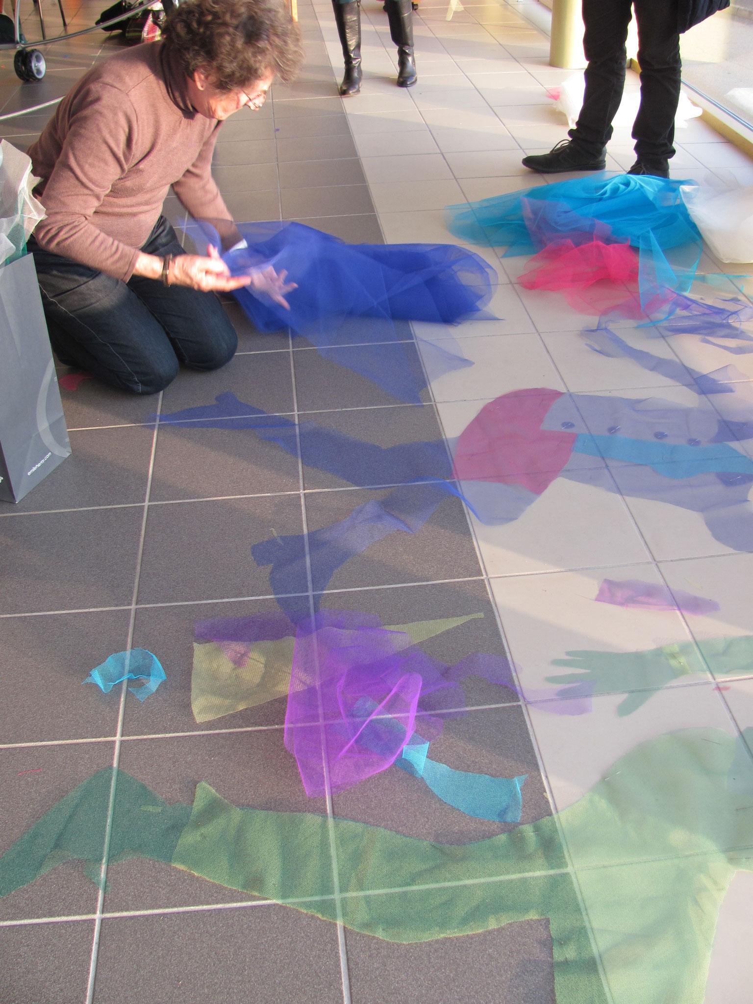 préparation d'une des 3 grandes fresques pour la journée de la Femme à Sorbiers (42)