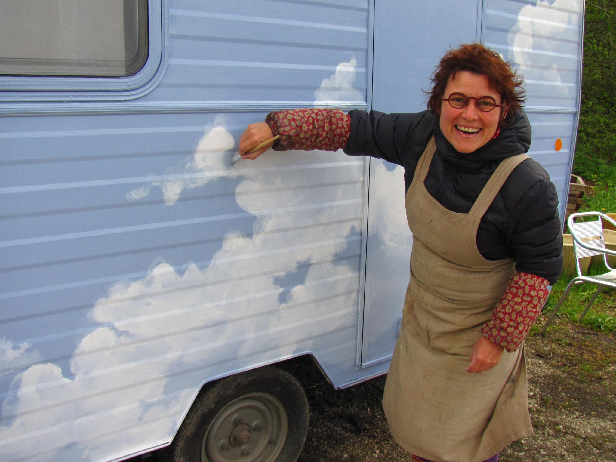"""décor d'une caravane pour un spectacle de la Cie """"La Gueudaine"""""""