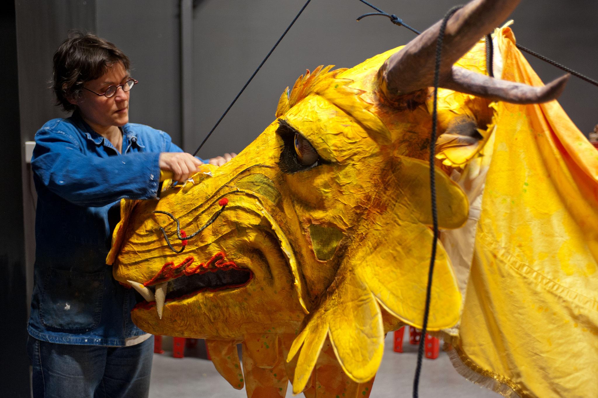 Conception/création d'un dragon Musée des Confluences