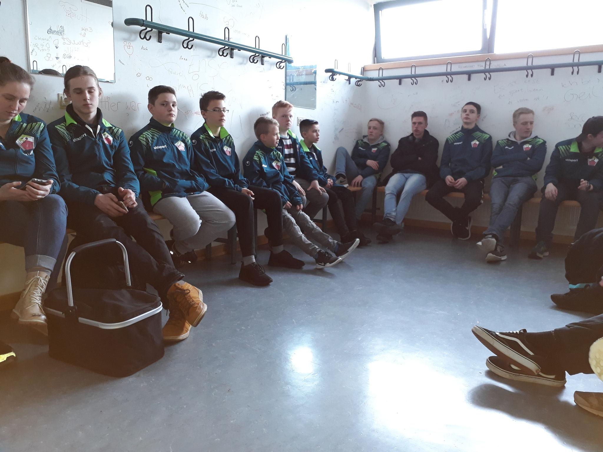 Coaching mit Eric Tombeaux in der Umkleiderkabine - Foto: Bergische Pool Union