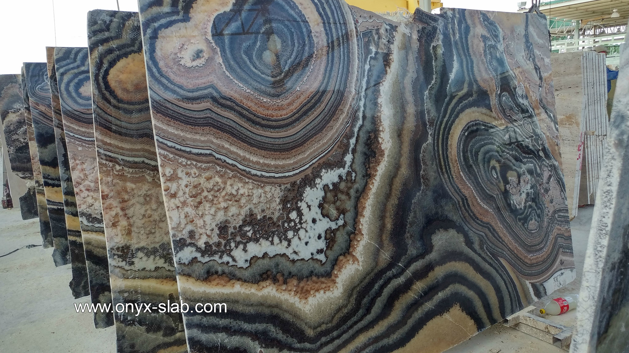 Onyx Slabs, black onyx slabs, Onyx Slabs Price, onyx stone slabs for sale, onyx slab cost, onyx countertops Price, bookmatched onyx slabs