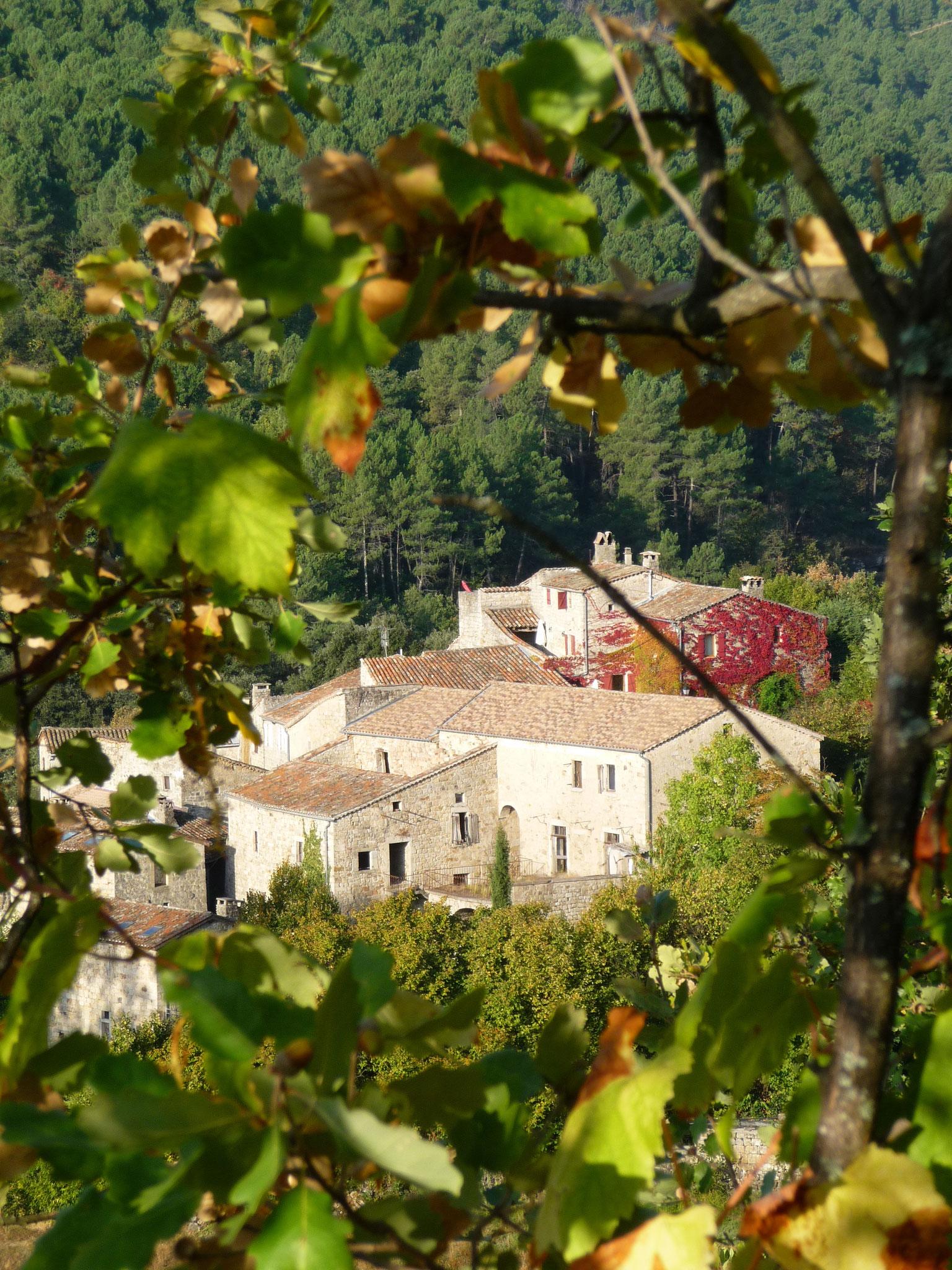 Hameau du Fayet en sud Ardèche