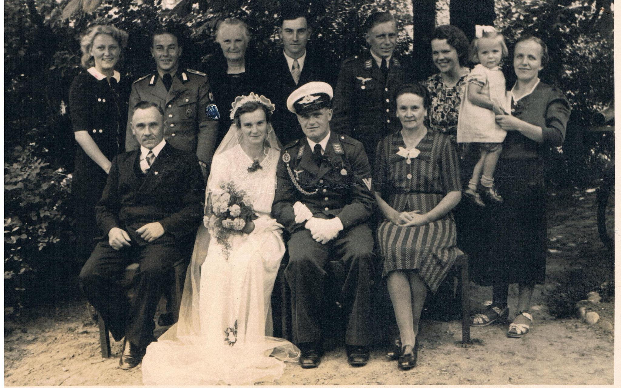 Hochzeitspaar Karl und Margot Damm, geb. Kurkowski